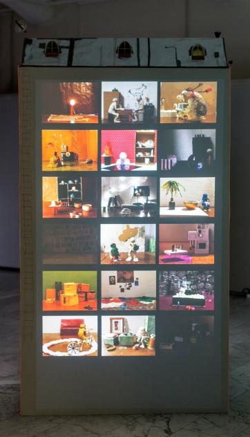 ANIMATION & SCULPTURE: Apartment Building 120cm x 120cm x 230cm, loop + sound