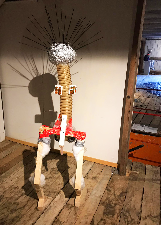 Tikku, 2019: trash & object trouvé sculpture, c. 160cm x 50cm x 60cm. Here exhibited in Taidelaitos Haihatus 2019.